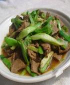 芹菜炒猪肝的做法