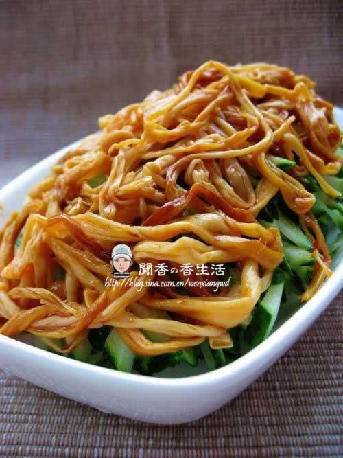 瓜香金针的做法(素菜-夏季里最简单最瘦身的一道快手凉菜)