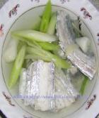 温养脾胃带鱼汤的做法