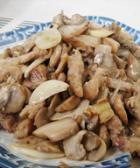 蘑菇炒猪瘦肉片的做法