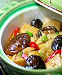 冬菇豆腐煲的做法