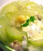 节瓜咸蛋瘦肉汤的做法