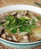 蜗牛肉片砂锅汤的做法