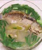 韭菜鲫鱼汤的做法