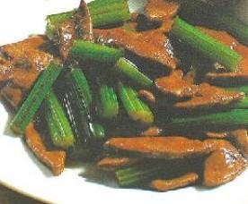 猪肝炒芹菜的做法 怎么做猪肝炒芹菜