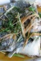清蒸鲶鱼的做法