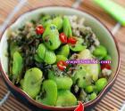 咸菜肉末炒蚕豆瓣的做法