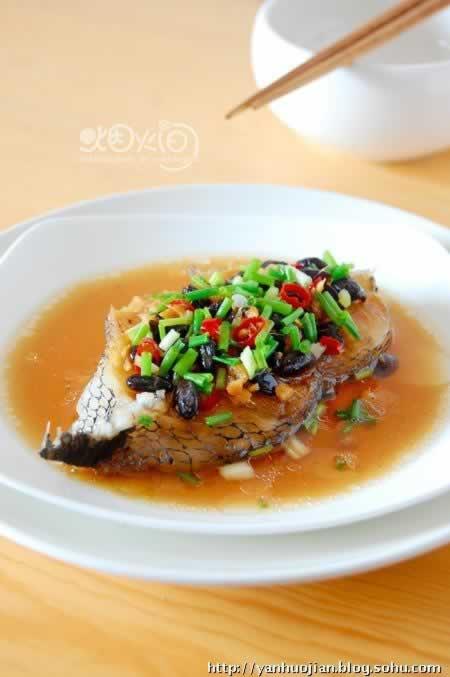 豆豉辣椒蒸鳕鱼的做法(清蒸菜谱)