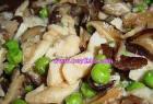 鸡菇青瓜炒腊肉的做法