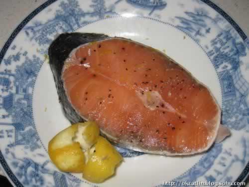 果酱三文鱼配芦笋的做法