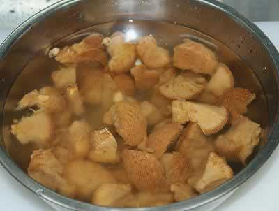 西洋菜芋艿煲猴头菇的做法