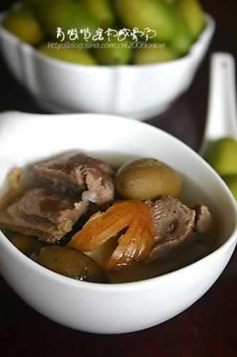 青橄榄蜜枣咸猪骨汤的做法