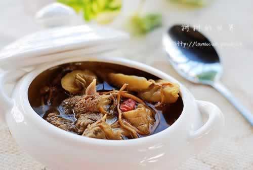 花旗参石斛虫草花鸭骨汤的做法
