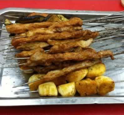 汉口美味滴电烤哟~红豆糊浓的调羹都按不下克···
