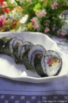 沙拉酱寿司,鱼子酱寿司的做法