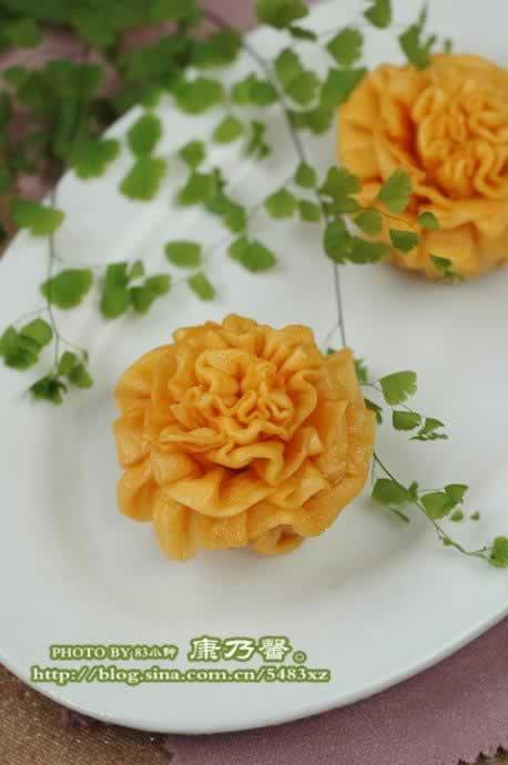 康乃馨方法_康乃馨花卷的做法,做,做多号操作花卷图片