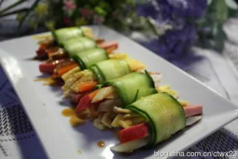 红肠黄瓜卷的做法