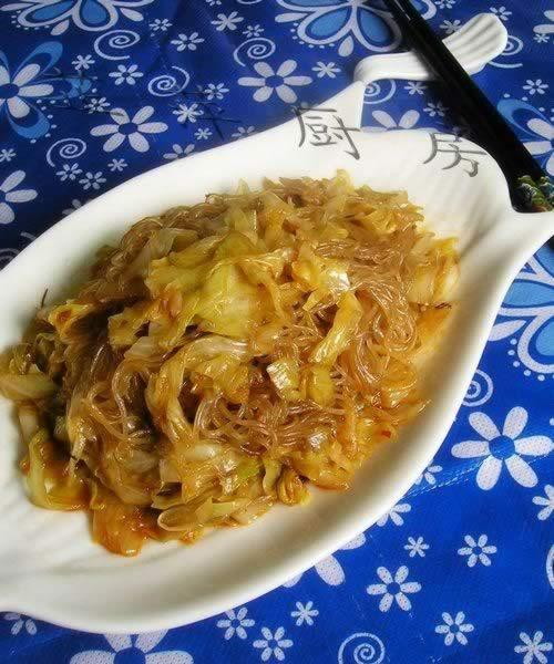 虾油炒粉丝卷心菜_虾油炒粉丝卷心菜的做法,怎