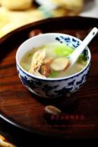 栗子白菜鸭架汤的做法