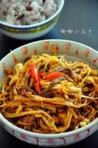 肉丝烧黄花菜的做法