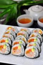 金枪鱼沙拉紫菜包饭的做法