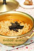 辣白菜煮面条的做法