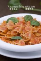 蒜香橄榄油茄汁意大利蝴蝶面的做法