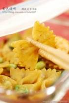 虾仁蔬菜炒意面的做法