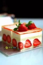 提拉米苏草莓蛋糕的做法