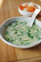 青菜鸡蛋面疙瘩汤的做法