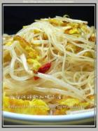 姜油芽菜炒米粉的做法