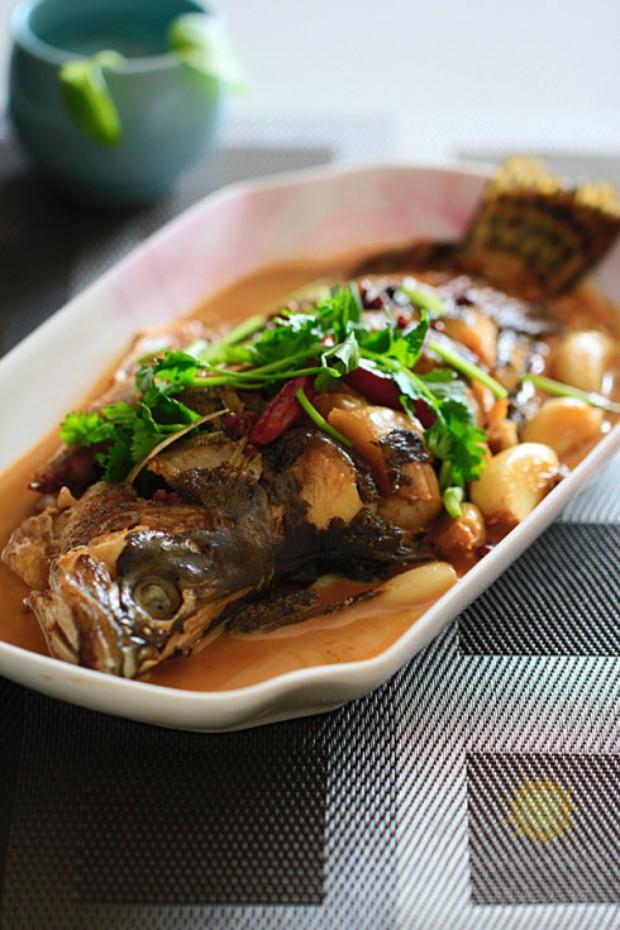 春节家常红烧鱼的做法,怎么做,家常红烧鱼如何做好吃详细步骤图解
