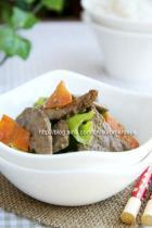 尖椒胡萝卜炒猪肝的做法
