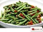 蒜香培根炒豇豆的做法