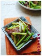 培根芹菜炒香干的做法