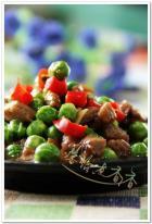 豌豆炒牛肉粒的做法
