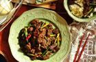 干锅蒜苔孜然羊肉的做法