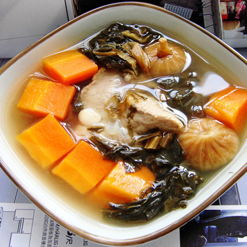养生补钙煲汤 菜干棒骨汤的做法图解,如何做,菜干棒骨汤怎么做好吃