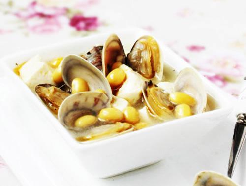 第5步文蛤黄豆豆腐汤的家常做法图片步骤