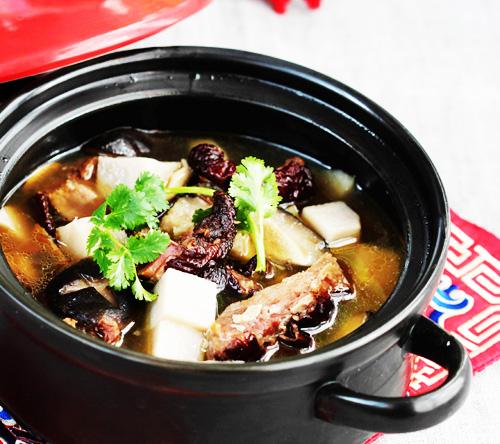 腊鸭腿香芋汤的做法图解,如何做,腊鸭腿香芋汤怎么做好吃的做法