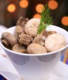 白蘑菇排骨汤的做法
