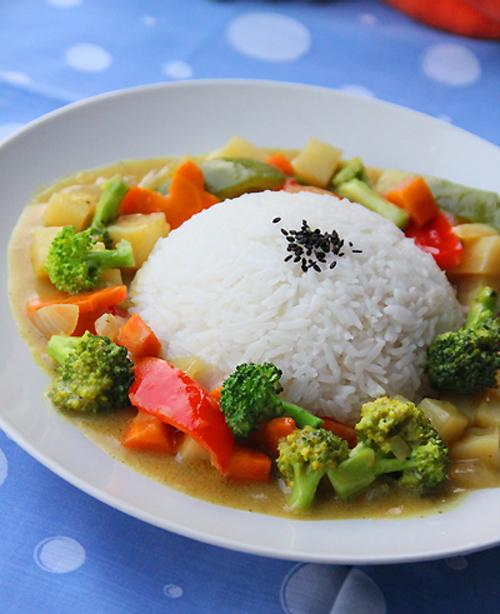 第4步椰香咖喱蔬菜烩饭的家常做法图片步骤