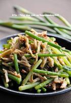 蚝油蒜苗炒鸡丝的做法