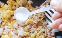 炒米饭(土豆控)的做法图片步骤25