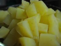 土豆鸡蛋炒饭的做法图片步骤2