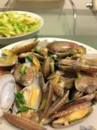 葱炒蛤蜊的做法