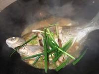 清炖武昌鱼的做法第4步图片步骤 www.027eat.com