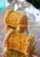 葱香肉松面包卷的做法