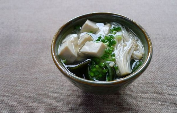豆腐金针菇海带汤的做法,如何做,豆腐金针菇海带汤怎么做好吃详细步骤图解
