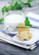 牛奶饼干的做法